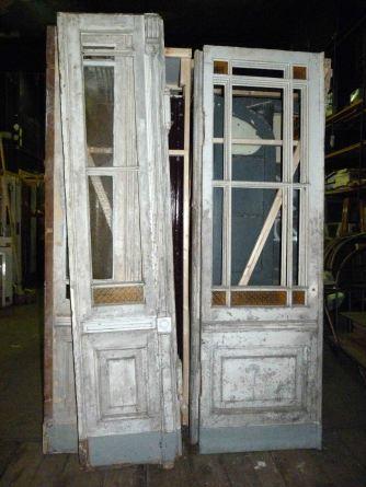 Holztüren und -beschläge